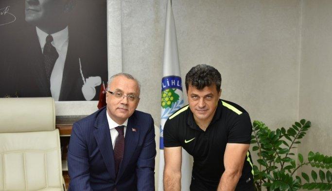Salihli Belediyespor, Ozan Dombaz ile anlaştı