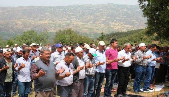 Sarıgöl'de çiftçiler yağmur duasına çıktı