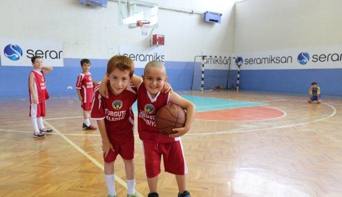 Turgutlu Belediyesinden yaz spor okulu