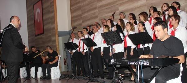 Türk Halk Müziği ile gönüllere dokundular