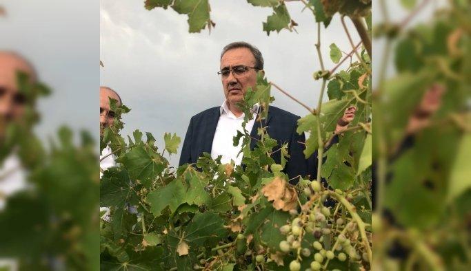 İYİ Partili Karaçoban afetzede çiftçileri ziyaret etti