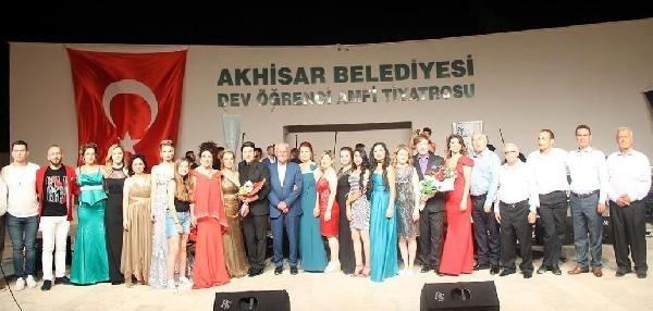 Akhisar Musiki Derneği'nden yaza merhaba konseri