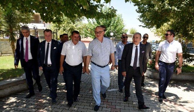 Turgut Özal Mahallesi sakinlerinden Başkan Ergün'e teşekkür