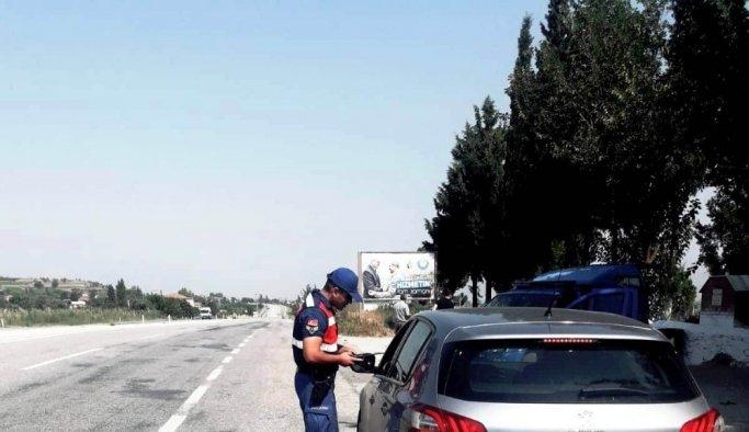Alaşehir jandarmadan bayram öncesi trafik uygulaması