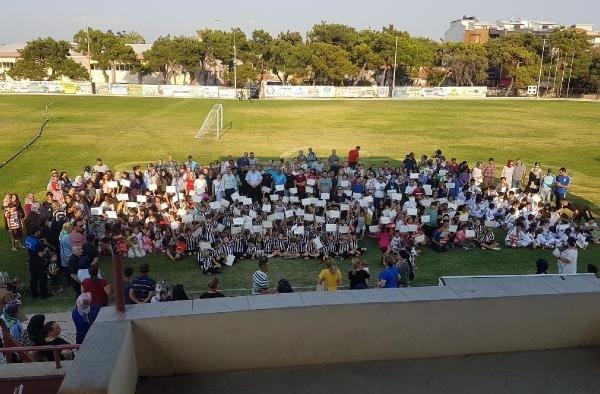 Kırkağaç'ta 450 öğrenciye sertifika