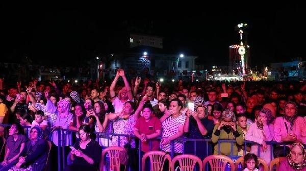Kula'da Ali Kınık rüzgarı esti