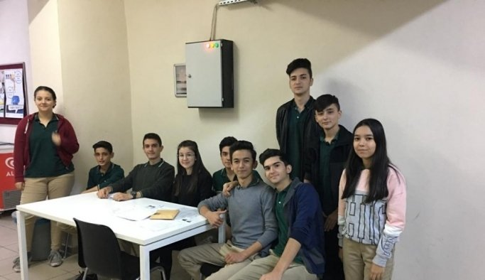 Öğrenciler okul temsilcilerini seçti