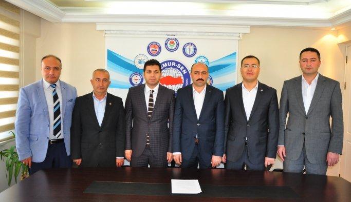 Memur Sen'den Doğu Türkistan tepkisi