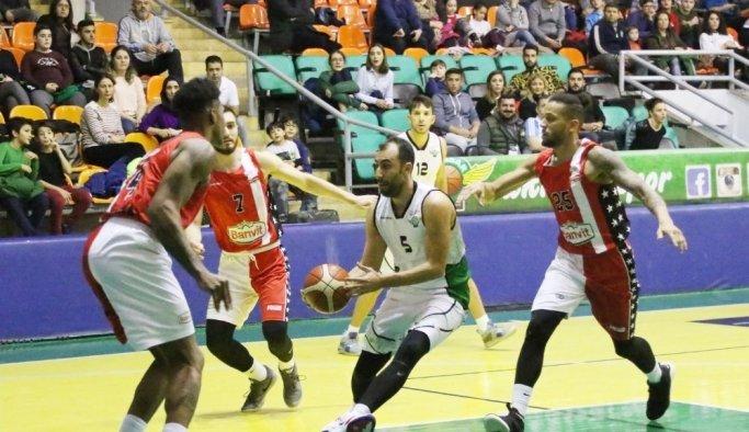 Akhisar Belediyespor, evinde Banvit Kırmızı'ya mağlup oldu