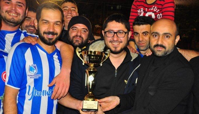 Turnuvanın şampiyonu Yunusemre Belediyesi oldu