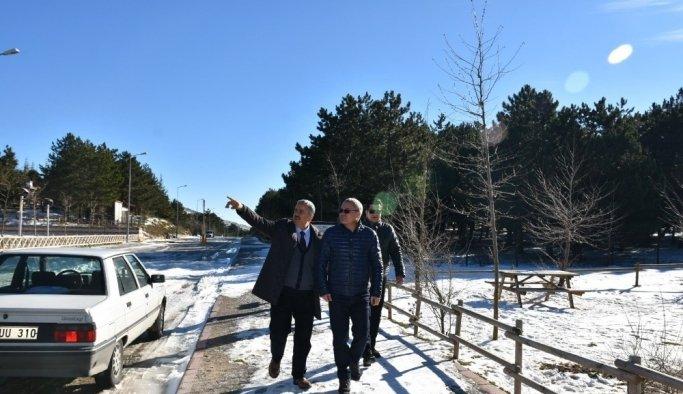 Vali Deniz Spil Dağı Milli Parkı'nı inceledi