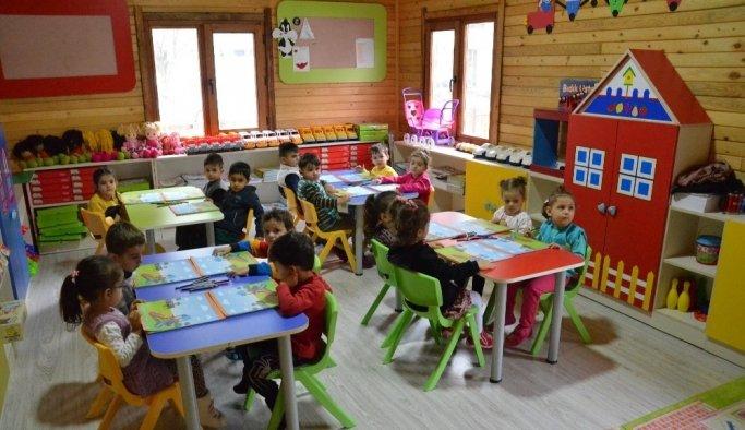 Muradiyeli 200 çocuk eğlenerek öğreniyor