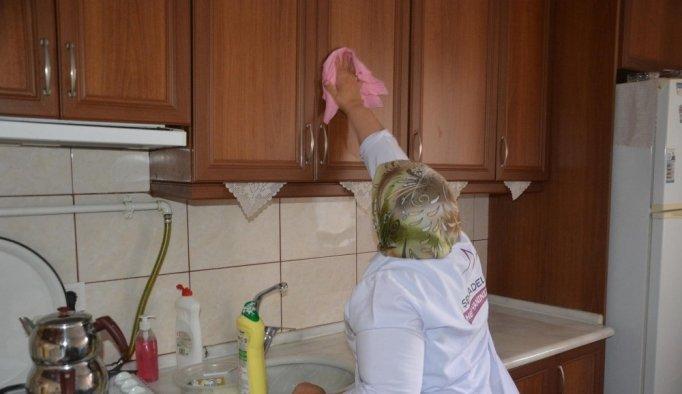 Şehzadeler'in Evde Bakım Hizmetleri devam ediyor