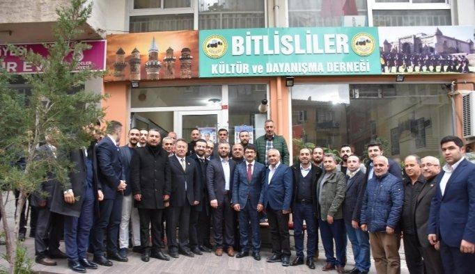Başkan Çelik, hemşehri derneklerini ziyaret etti