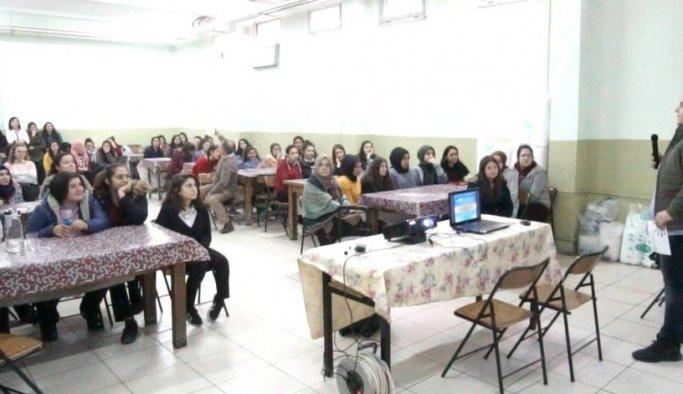 Öğrencilere bilişimin geleceği ve fırsatları anlatıldı