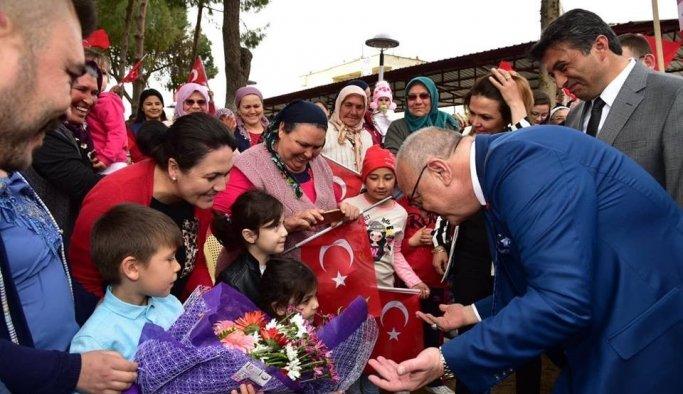 Cengiz Ergün'e Sarıgöl'de yoğun ilgi