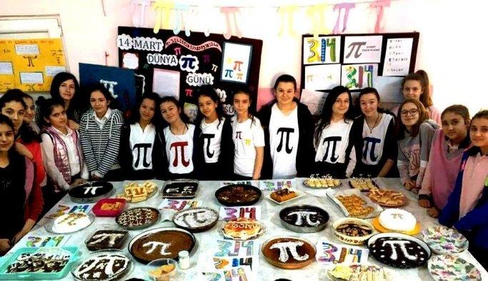 Öğrencilerden Pi Günü'ne özel kutlama