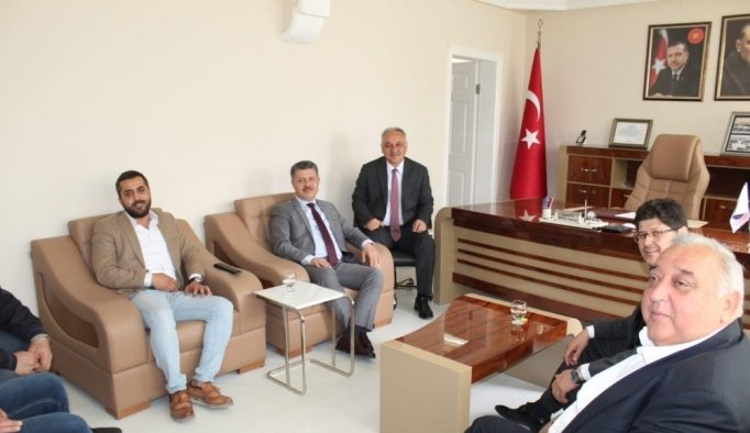 AK Parti'li Özkan'dan bir günde 4 ilçeye ziyaret