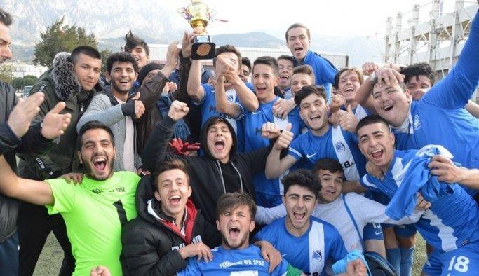 Yunusemre U-19 takımı Manisa İl Şampiyonu oldu