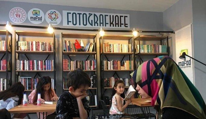 Fotoğraf Kafe'de edebiyat şöleni yaşanacak