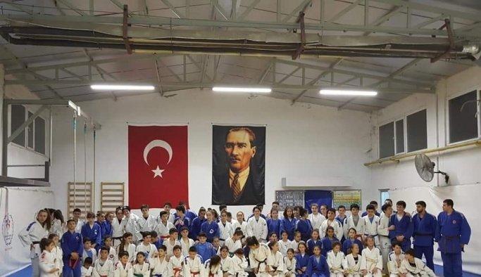 Yunusemre'de judo kursu başlıyor