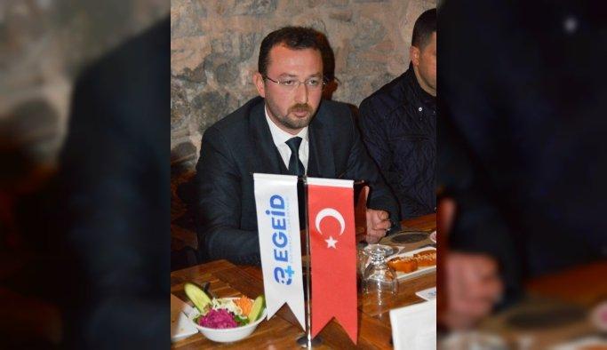 """Aloğlu: """"Mavi vatan kaderine terk edilemez"""""""