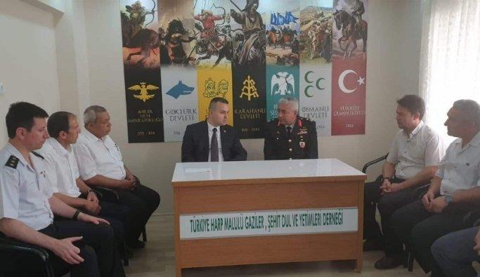 Jandarma komutanından 15 Temmuz öncesi anlamlı ziyaret