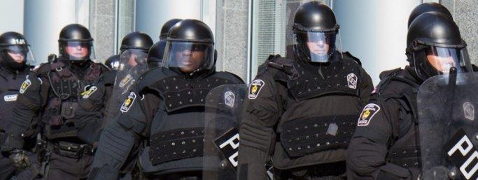 Polis Elbisesi Nedir?