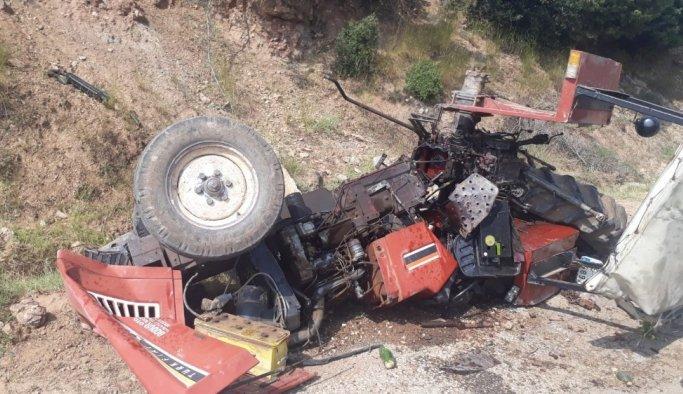 Traktörün altında kalan yaşlı adam, 9 günlük yaşam savaşını kaybetti