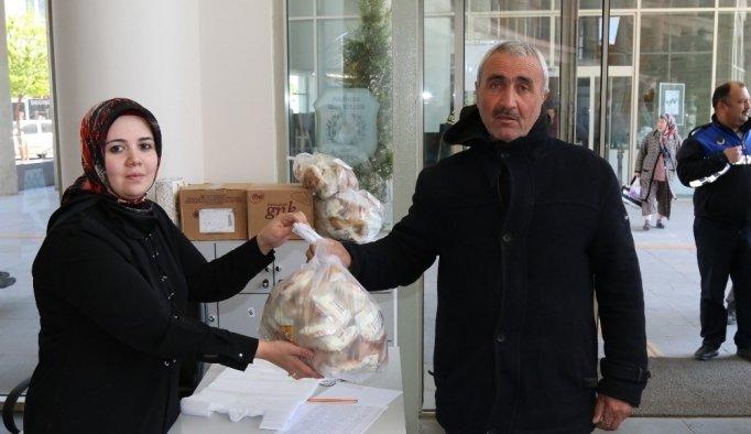 Çölyaklı vatandaşların ekmeği Akhisar Belediyesinden