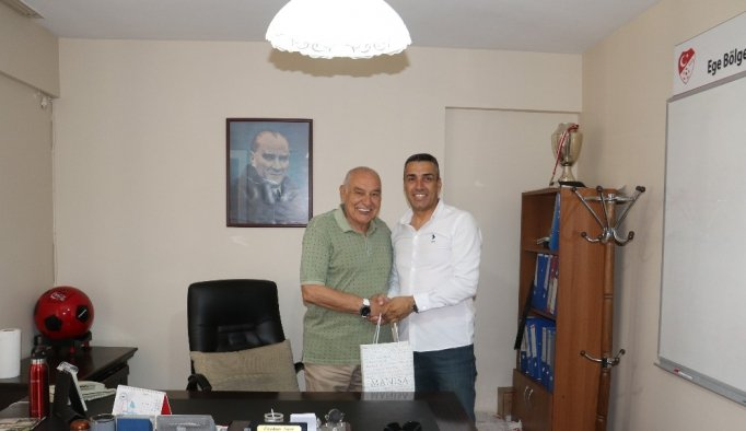 TFF Ege Bölge Baş Antrenöründen Manisa'ya övgü