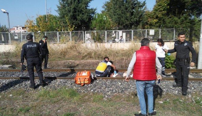 Trenin çarptığı yaşlı adam hayatını kaybetti