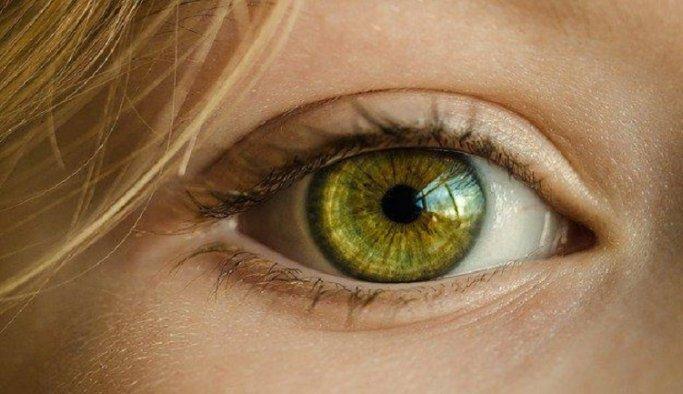 Retina Dekolmanı Belirtileri Nelerdir?