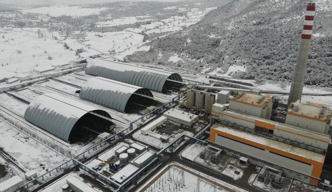 Manisa'da gerçekleştirilen toplu açılış töreniyle 3'ü jeotermal biri termik olmak üzere 4 enerji santrali açıldı