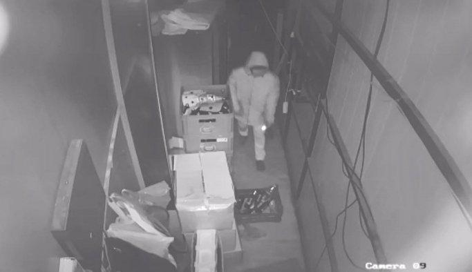 Hırsızlar önce kameraya, sonra polise yakalandı