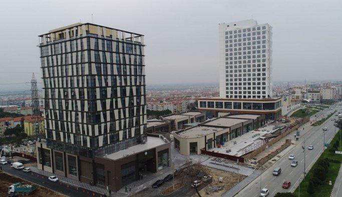 Manisa Büyükşehir Belediye hizmet binasında sona doğru