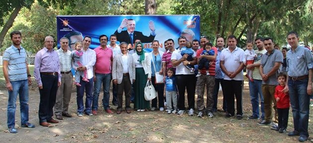 Salihli Ak Parti Gençlik Kollarından Sürpriz Destek