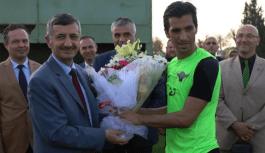 Bektaş: Akhisar Belediyespor'un Başarısı Tez Konusu Olmalı