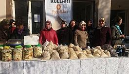 SOMA'DA AK PARTİLİ KADINLARDAN KERMES