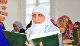 Okuma yazma bilmeyen ve sadece Kürtçe konuşabilen İkramiye İnan azmiyle örnek oldu