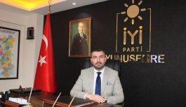 """İYİ Partili Akan, """"Yunusemre Belediyesi yolsuzluk iddialarına karşı 4 gündür sessiz"""""""