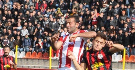 TURGUTLUSPOR MARAŞ'TA KAYIP!... 2-0