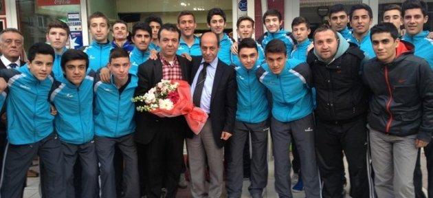 U16'LARA BİR DESTEK DE GÜNEY KEBAP'TAN