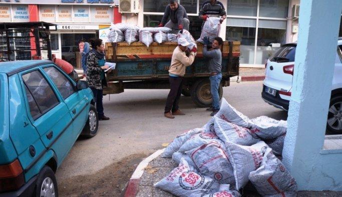 Sarıgöl'de bin aileye kömür yardımı