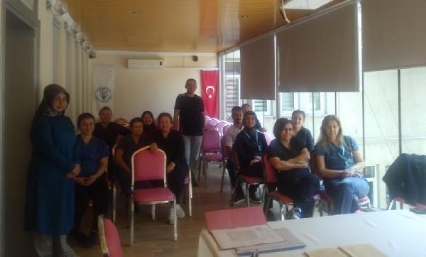 Sarıgöl Devlet Hastanesi'nde işaret dili kursu