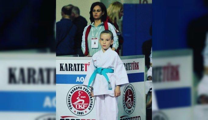 Salihlili minik karateciye milli davet