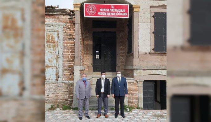 Kırkağaç'ta 149 yıllık tarihi ev kütüphane oldu