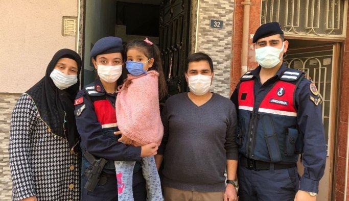 Kaybolan küçük kız jandarma tarafından bulundu